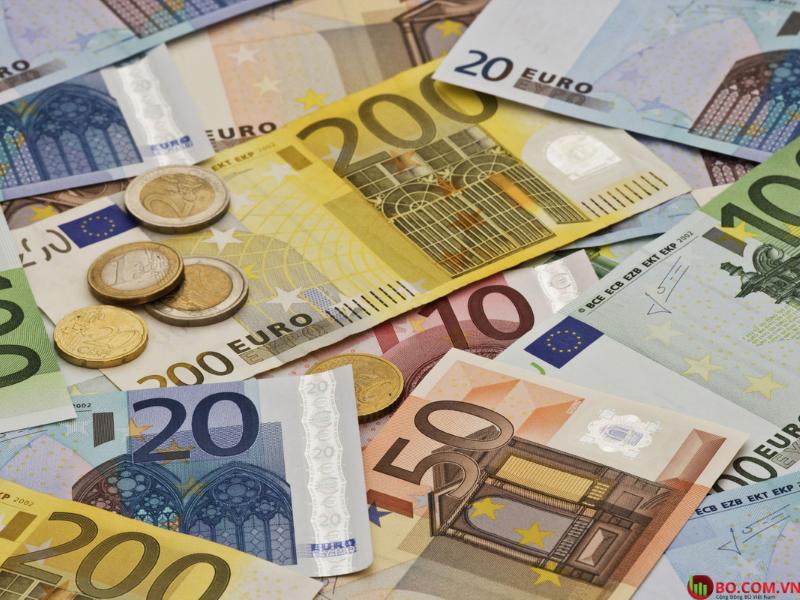 Đồng Euro tăng mạnh nhờ chính sách viện trợ của chính phủ nước này