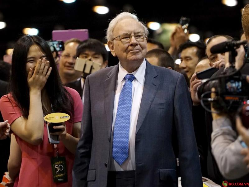Tỷ phú Warren Buffet - nhà đầu tư nổi danh phố Wall