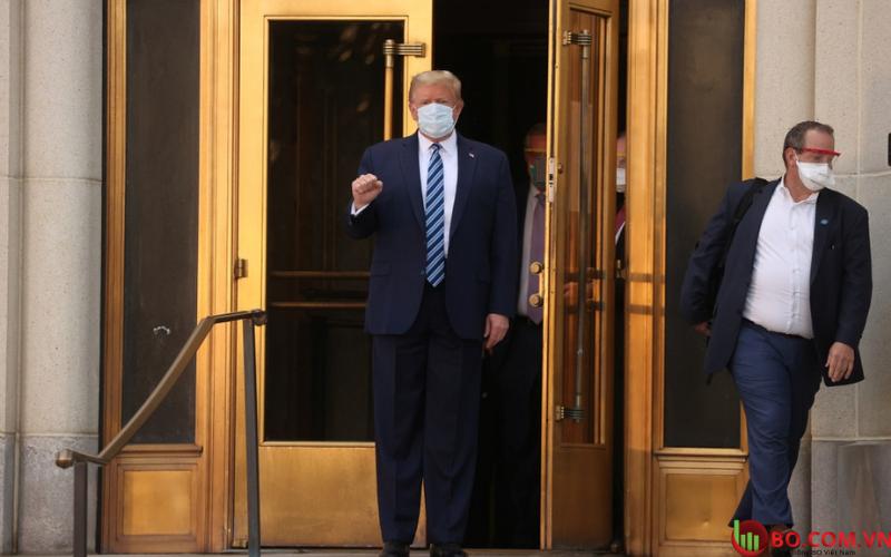 Tổng thống Mỹ Donald Trump đã trở lại Nhà Trắng