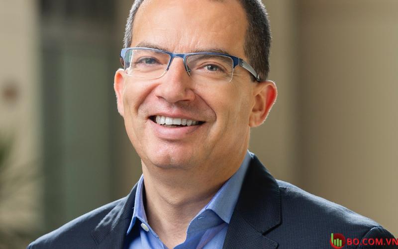 Giám đốc điều hành của Moderna, Stephane Bancel