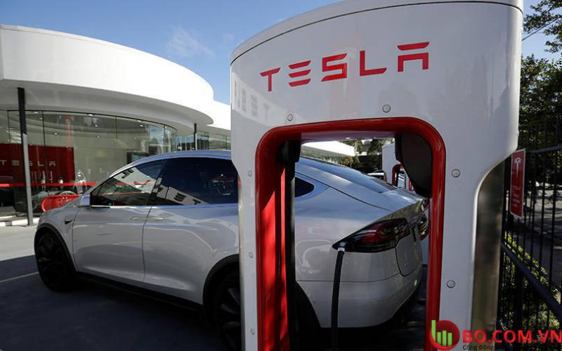 Cổ phiếu Tesla đóng cửa cao hơn 1,3%