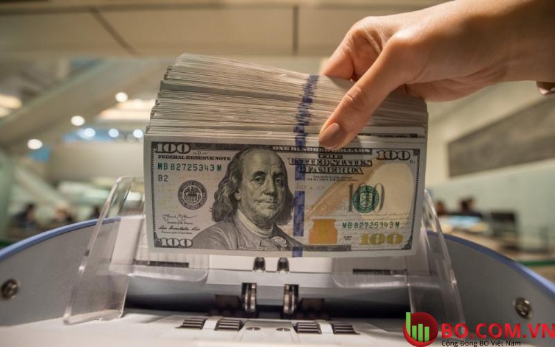 Đồng Đô la Mỹ hồi phục trên mức 90