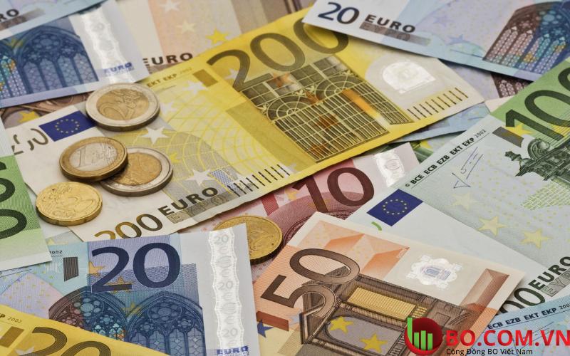 Đồng euro cũng bị ảnh hưởng bởi đồng đô la