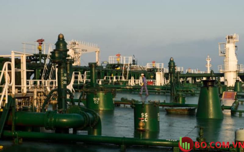 Giá dầu 02.03.2021 giảm