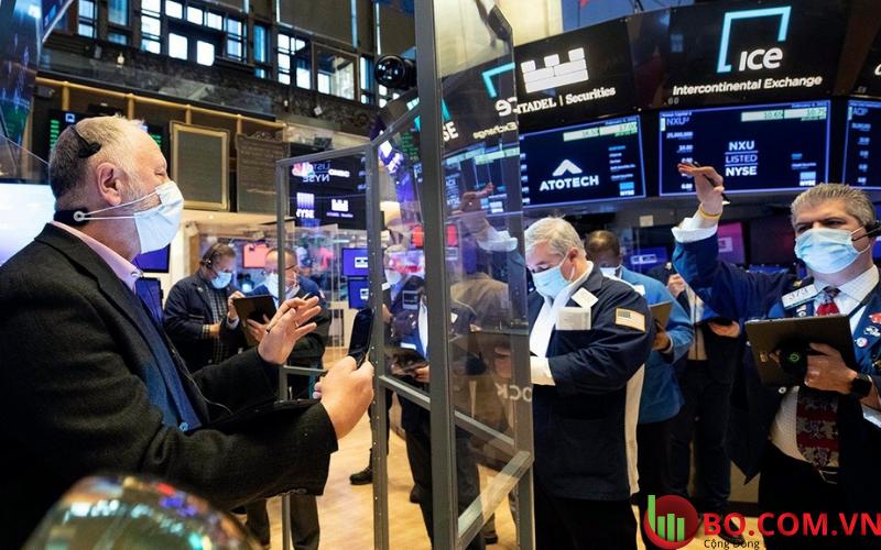 Hợp đồng tương lai chứng khoán Mỹ không đổi trong giao dịch đêm qua