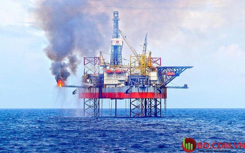 Dự báo ngành dầu khí có thể tăng trưởng lợi nhuận 741% năm 2021