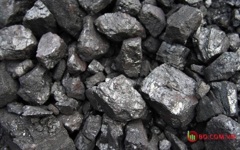 Khai thác quặng sắt trong điều kiện khí hậu không thuận lợi
