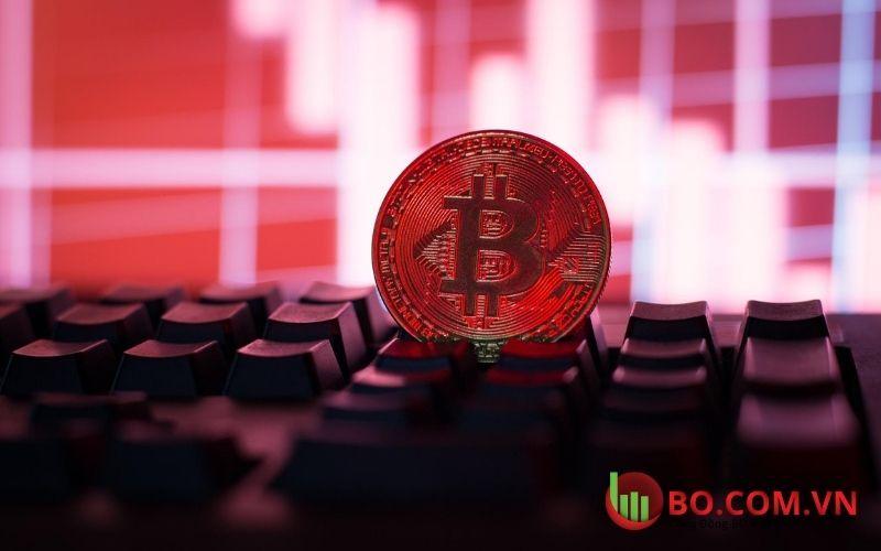 Mua Bitcoin sau khi giá BTC giảm xuống dưới 30.000 đô la
