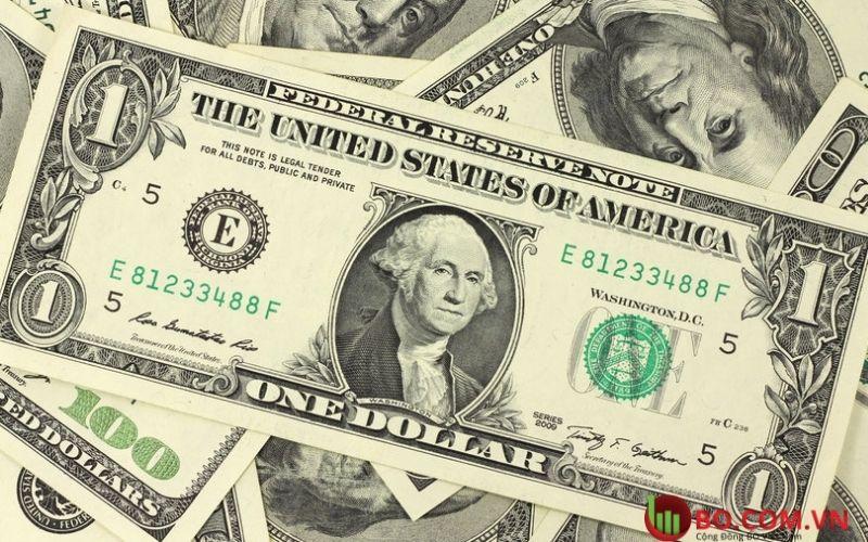 Sau biên bản của Fed đồng đô la chạm mức cao nhất
