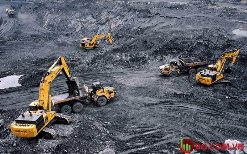 Tình hình khai thác quặng sắt